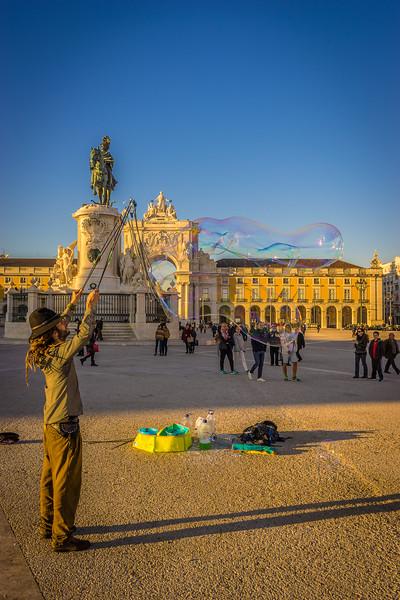 Best of Lisbon Street Art Soap Bubbles Photography 5 By Messagez com