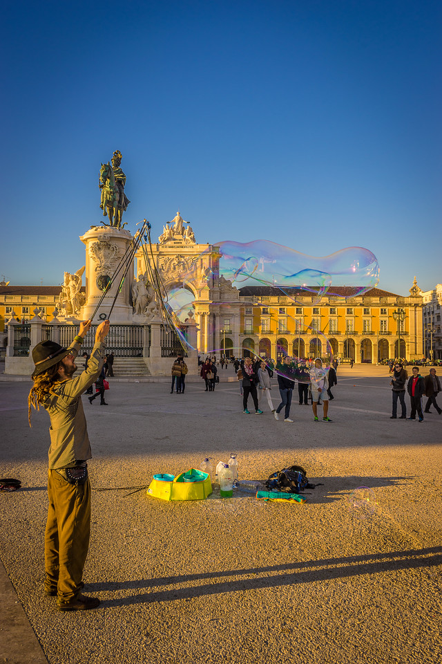 Best of Lisbon Street Art Soap Bubbles Photography 5 By Messagez com