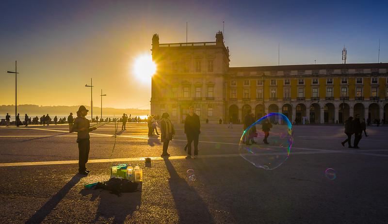 Best of Lisbon Street Art Soap Bubbles Photography 4 By Messagez com