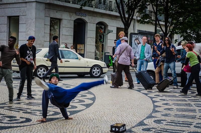Lisbon Street Art ~ Messagez.com