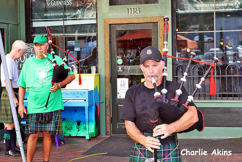 Bagpipe music at Kegney Brothers Pub