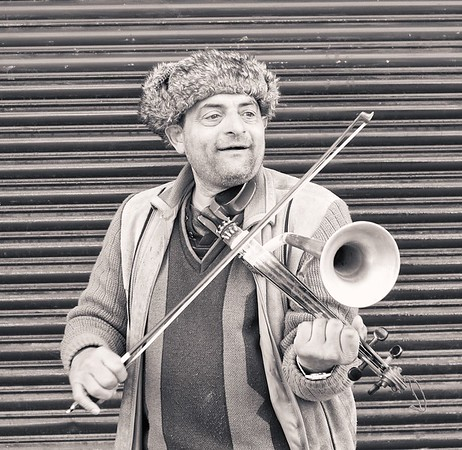Stroth Vilolin Player.  Glasgow.