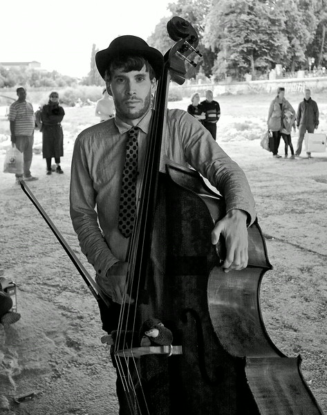 Bass player 2.