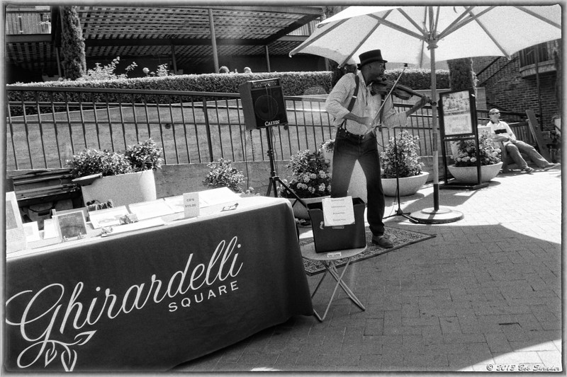 Ghirardelli Entertainer