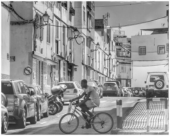 Street Scene: Arguineguin