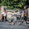 Kilties entertain Edinburgh tourists