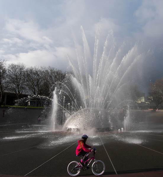 CAPTION: International Fountain<br /> LOCATION: Seattle Center, Seattle, Washington<br /> DATE: 12-30-11<br /> NOTES:<br /> HEADING: