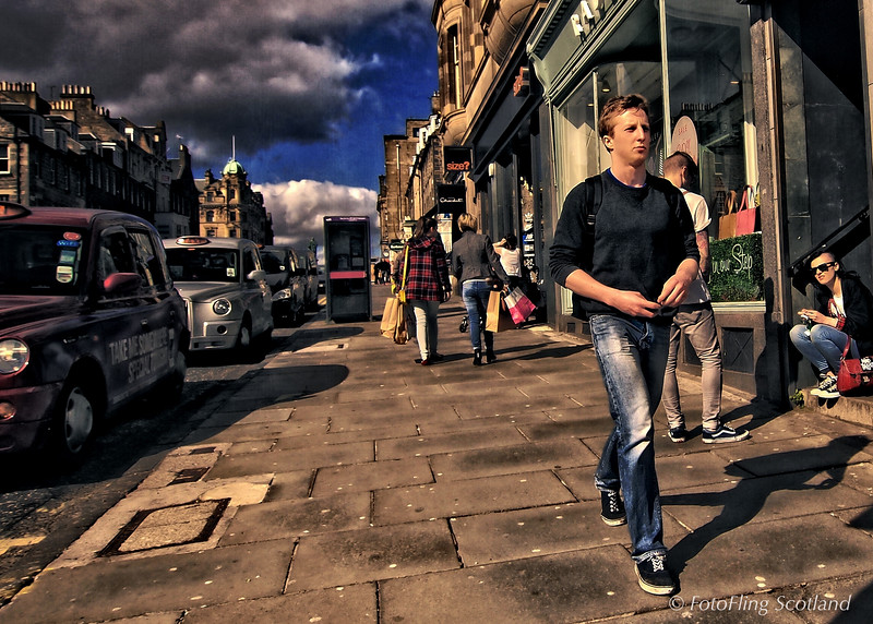 Street Walking in Edinburgh
