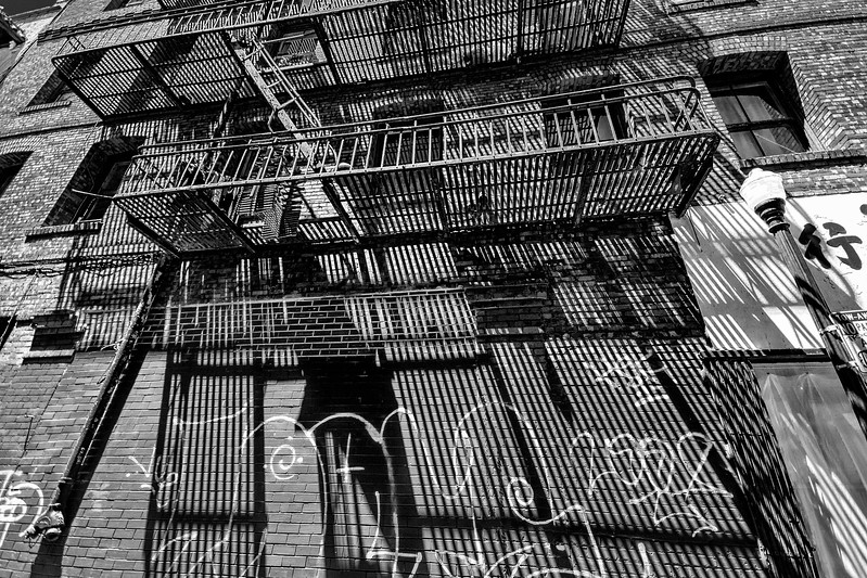 Chinatown Alley Blk & Wht