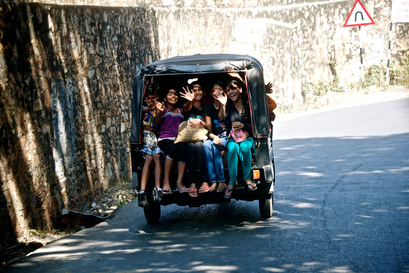 The drive up to the Chittorgarh Fort - Rajasthan