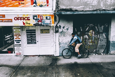 A man and his bike (Mexico City)
