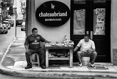 Le Chateaubriand Bistro Panama BW