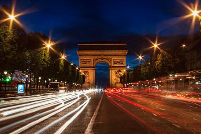 L'Arc De Triomphe at night, Paris