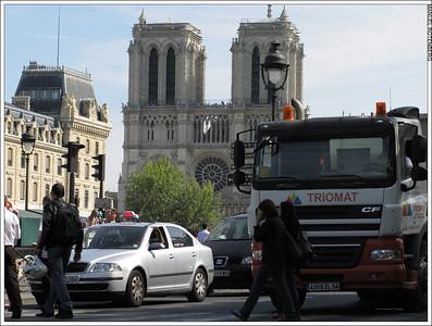 ParisNY 12 0892 1