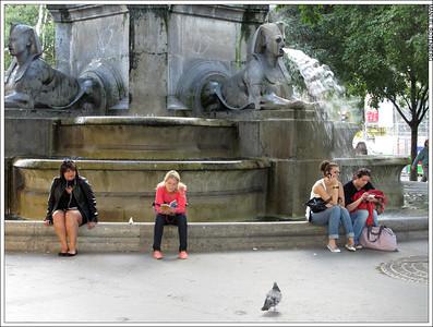 ParisNY 12 0953 1