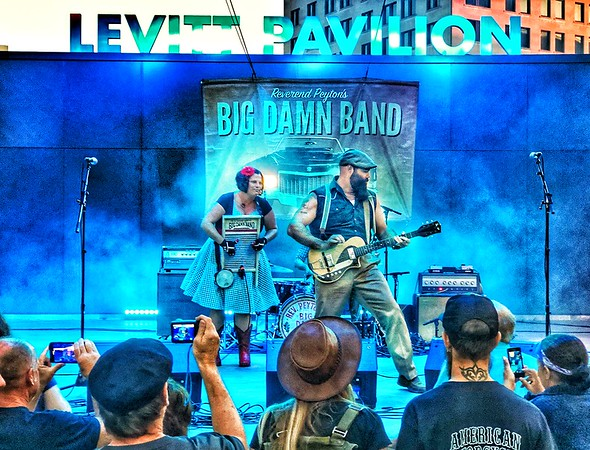 Reverend Peyton's Big Dam Band...