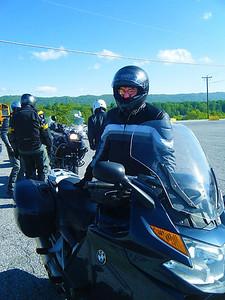 Dan Ross...back in his BMW saddle again!