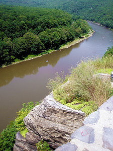 The Delaware River from the Hawk's Nest Overlook