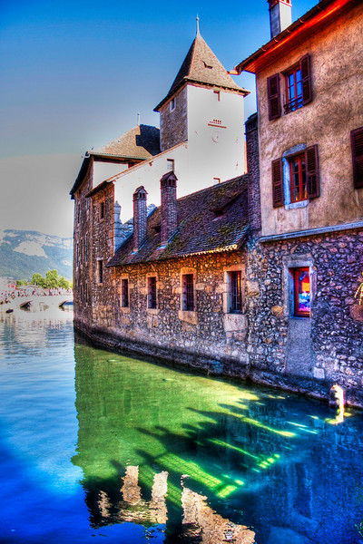 Annecy - Haute Savoie - France<br /> Le palais de l'Isle et le Thiou.