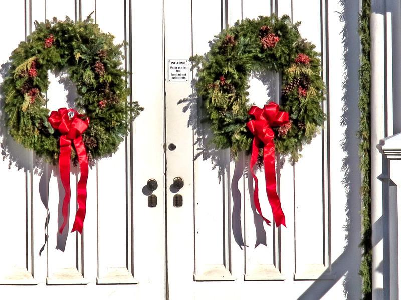 Bedford Presbyterian Church Christmas Wreaths - Closeup