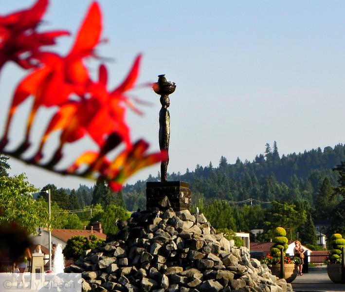 Millennium Plaza statue
