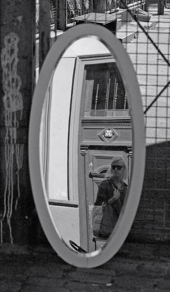 Mirror 3. Streetmarket in Nansensgade, Copenhagen. Summer 2008.