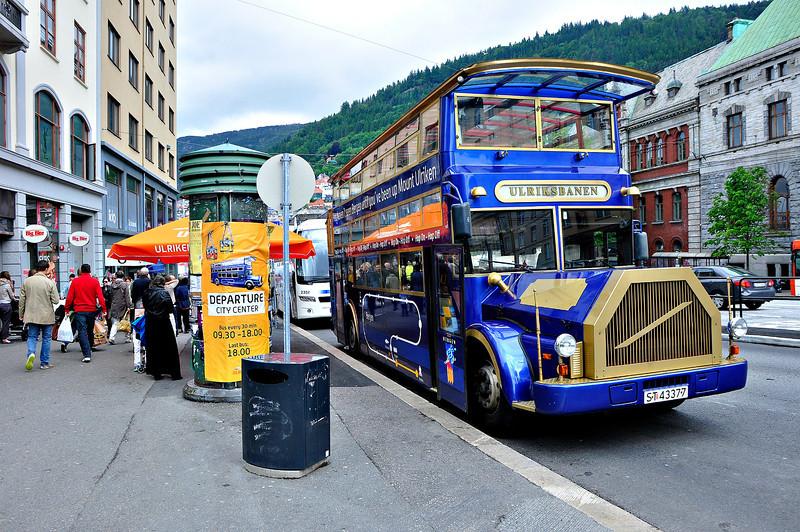 Tourist bus to Ulriksbanen,connected to Mt.Ulriken