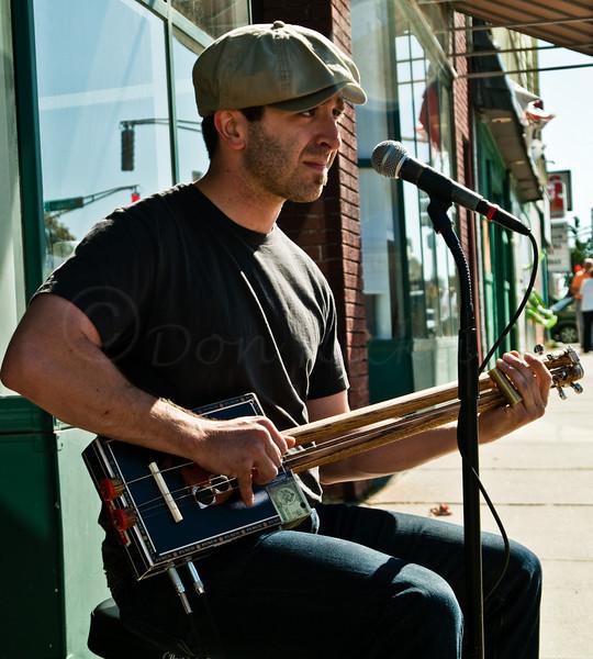 Some serious slide guitar blues!<br /> Mississippi Jon Short performing.