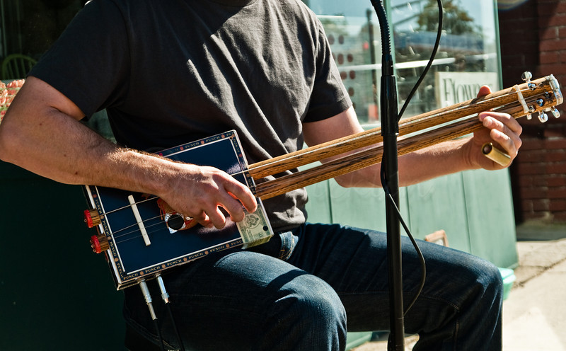 The Four String, Double Neck Cigar Box Guitar<br /> Mississippi Jon Short performing.