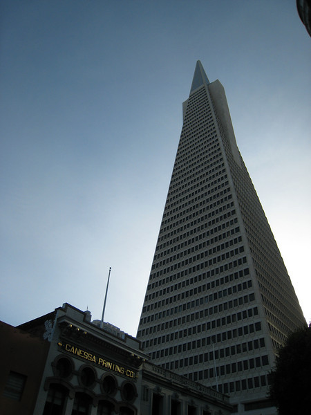 The Transamerica Pyramid, probably San Francisco's best-known piece of modernist architecture.