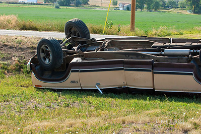 DSC02900a truck roll over gaze