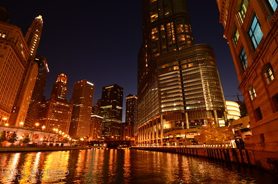 Chicago River Cruise at dusk, DSC-4171