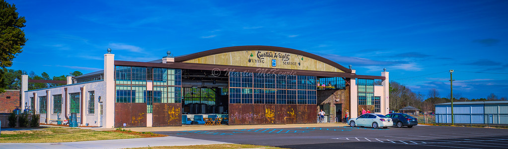 Extras The Curtiss-Wright Hangar