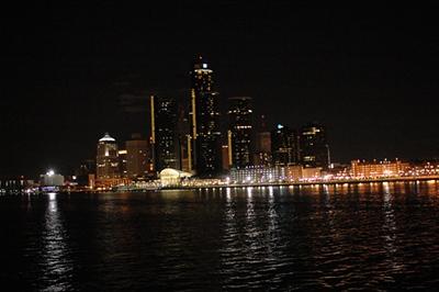 Detroit at Night_10