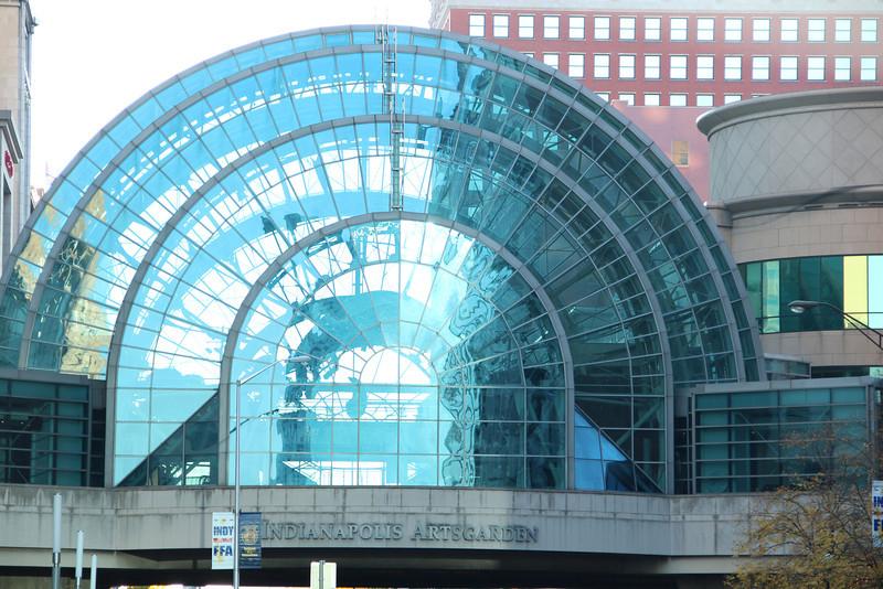 Indianapolis Artsgarden, Circle Center Mall