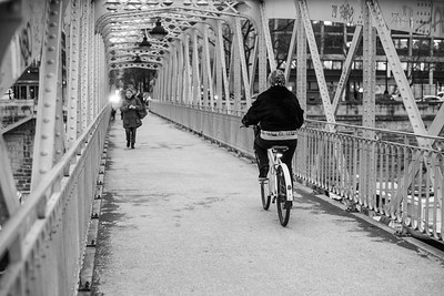 bridge bike ride