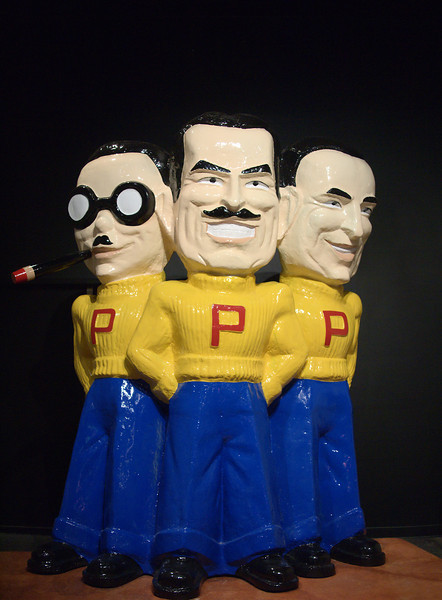 Los Angeles: Peterson Automotive Museum Manny Moe and Jack