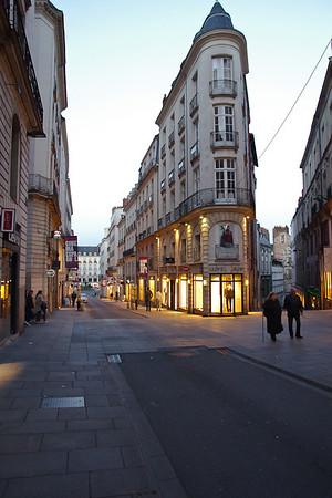 Rue Crébillon, Place Royale au fond - Nantes