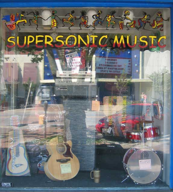 I like supersonic music... I think;<br /> even though I'm listening to Tony Bennet singing<br /> duets with K.D. Lang as I type this.