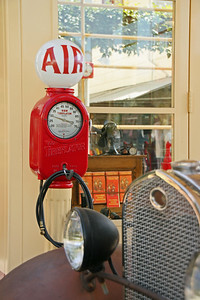 Olde Gas Station Los Angeles By: Kimberly Marshall