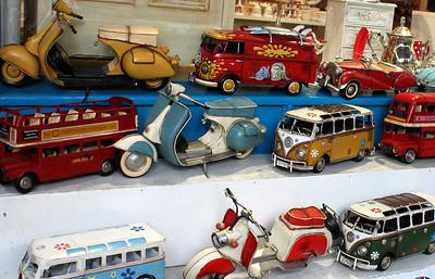 Model Transportation London By: Kimberly Marshall