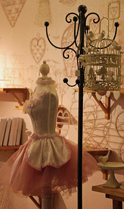 Pretty Pink Shoppe London By: Kimberly Marshall