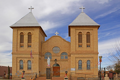 Church in the Square ~ This church is the Basilica of San Albino, Catholic Church of Las Cruces.  Like most old New Mexican towns, the church is the center of the town, with streets laid out around it.