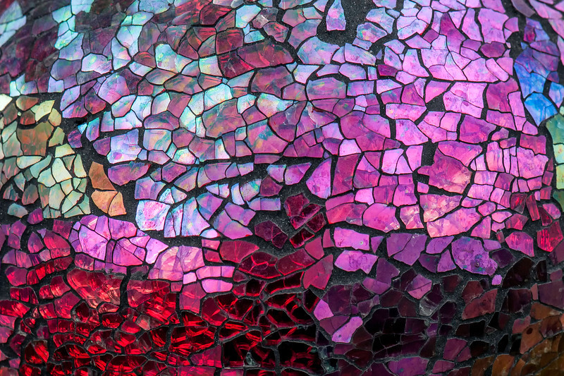Shattered Glass, Color and Texture