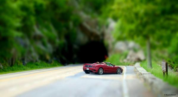 Mini Ferrari 360 Spyder withTunnel