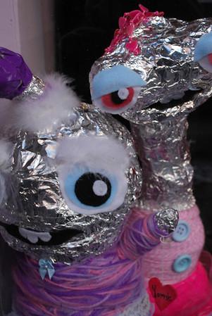 Foil Aliens