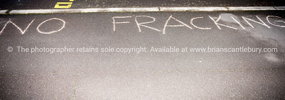 Protest-anti-fracking-373