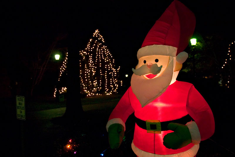 davidson north carolina   nc inflatable santa