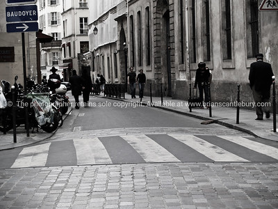 Paris street scene, Baudoyer, Black and White photograph, International City.