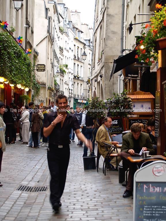 Street scene, Paris, International City.